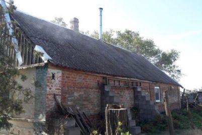 v-zaporozhskoj-oblasti-iz-za-neispravnogo-gazovogo-ballona-zagorelsya-dom.jpg
