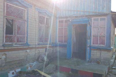 v-zaporozhskoj-oblasti-iz-za-neostorozhnogo-kureniya-zagorelsya-dom-postradal-muzhchina-foto.jpg