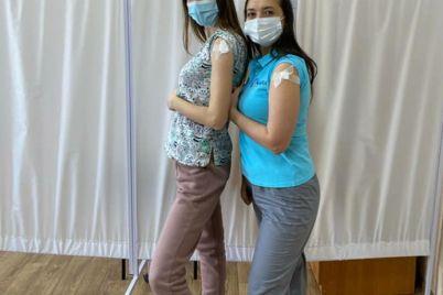 v-zaporozhskoj-oblasti-medsestra-rasskazala-o-svoem-strahe-vo-vremya-vakczinaczii-ot-koronavirusa.jpg