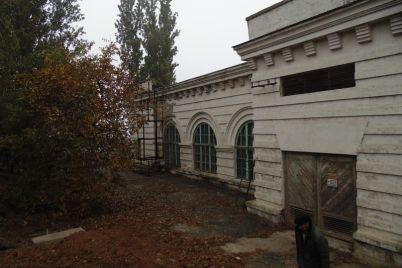 v-zaporozhskoj-oblasti-mozhno-pobyvat-na-mogile-oroshaemogo-zemledeliya-video.jpg