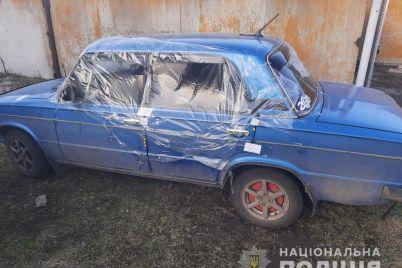 v-zaporozhskoj-oblasti-na-doroge-mezhdu-voditelyami-voznik-konflikt-kotoryj-zavershilsya-razbitym-avto-i-ugonom-foto.jpg