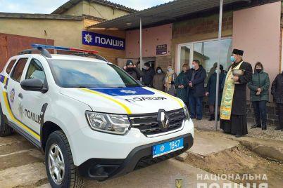 v-zaporozhskoj-oblasti-policzejskie-oficzery-poluchili-sluzhebnye-vnedorozhniki-fotofakt.jpg