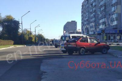 v-zaporozhskoj-oblasti-posredi-uliczy-zhestoko-izbili-cheloveka-foto.jpg