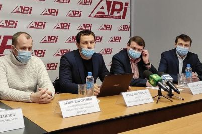 v-zaporozhskoj-oblasti-postroyat-500-sportivnyh-ploshhadok.jpg