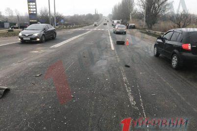 v-zaporozhskoj-oblasti-proizoshlo-dtp-s-uchastiem-obshhestvennogo-transporta-foto.jpg