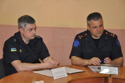 v-zaporozhskoj-oblasti-spasateli-gotovyat-iski-na-rukovoditelej-mest-otdyha.jpg