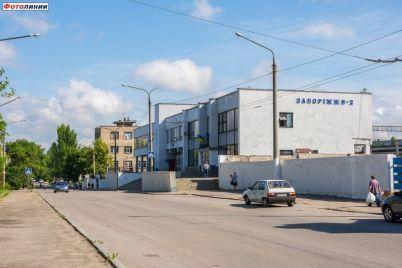 v-zaporozhskoj-oblasti-ukrzaliznyczya-zapustila-ryad-sluzhebnyh-poezdov-dlya-besplatnogo-podvoza-medikov.jpg