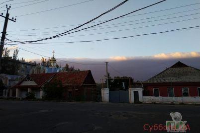 v-zaporozhskoj-oblasti-v-nebe-zametili-neobychnoe-oblako-foto-video.jpg