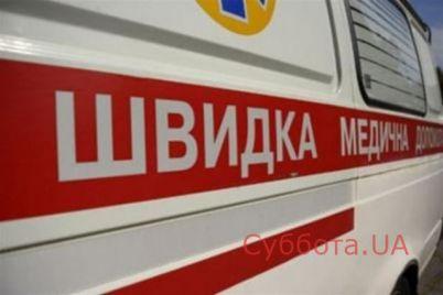 v-zaporozhskoj-oblasti-v-odoj-iz-shkol-uchenicze-salo-ploho-posle-upotrebleniya-narkotikov.jpg