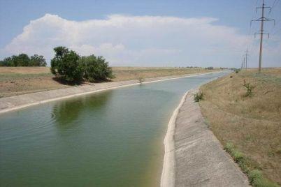 v-zaporozhskoj-oblasti-v-orositelnom-kanale-utonul-rebenok.jpg