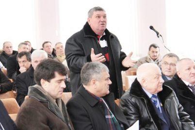 v-zaporozhskoj-oblasti-zabroshennuyu-vo-dvor-predprinimatelyu-granatu-nazvali-huliganstvom.jpg
