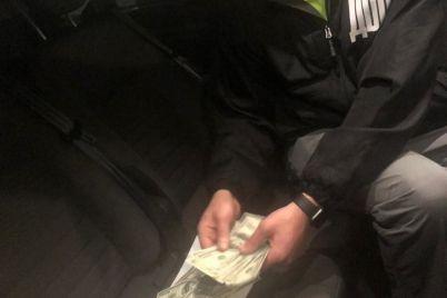 v-zaporozhskoj-oblasti-zaderzhali-prokurora-pri-poluchenii-dollarovoj-vzyatki.jpg