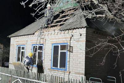v-zaporozhskoj-oblasti-zagorelsya-chastnyj-dom-73-letnij-muzhchina-pogib-a-zhenshhina-vyzhila.jpg