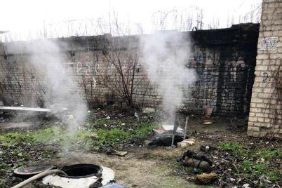 v-zaporozhskoj-teplotrasse-obnaruzhili-trup-foto.jpg