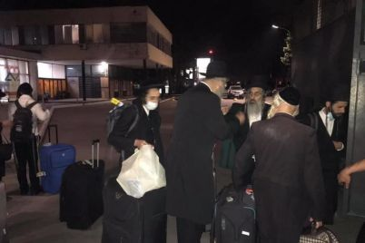 v-zaporozhskom-aeroportu-na-neskolko-chasov-ostanovili-palomnikov-hasidov-video.jpg