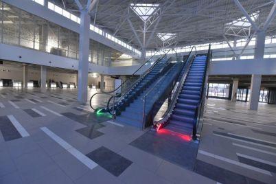 v-zaporozhskom-aeroportu-zavershilos-stroitelstvo-novogo-passazhirskogo-terminala-foto.jpg
