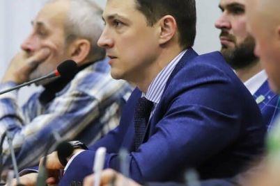 v-zaporozhskom-gorodskom-sovete-so-vtoroj-popytki-izbrali-sekretarya.jpg