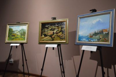 v-zaporozhskom-muzee-pokazali-kartiny-etnicheskih-nemczev.jpg