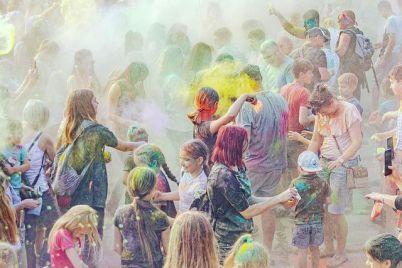 v-zaporozhskom-parke-projdet-festival-krasok.jpg