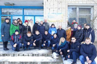 v-zaporozhskoy-oblasti-otkryili-pamyatnuyu-dosku-v-chest-deyateley-patrioticheskogo-podpolya-foto.jpg