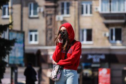 vhod-tolko-v-maskah-kak-vyglyadit-zaporozhe-na-karantine-fotoreportazh.jpg