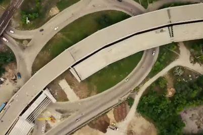 vid-sverhu-v-seti-pokazali-chto-proishodit-na-stroitelstve-mostov-v-zaporozhe-s-vysoty-video.jpg