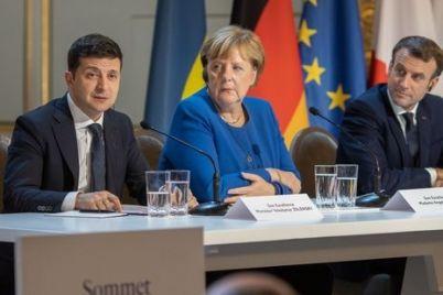 vladimir-zelenskij-rasskazal-skolko-let-ujdet-na-razvedenie-vojsk-na-donbasse.jpg