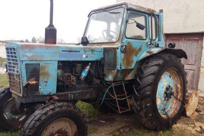 vodij-traktoru-u-zaporizkij-oblasti-zaplatit-10-tisyach-griven-shtrafu-za-netverezu-d197zdu.jpg