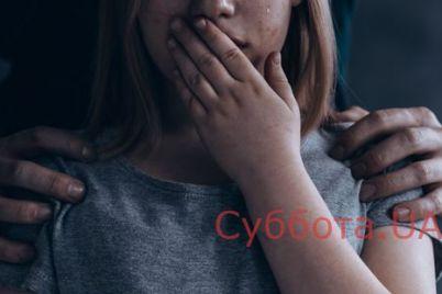 vodil-na-cherdak-i-izdevalsya-v-vinniczkoj-oblasti-zloumyshlennik-nasiloval-svoyu-malenkuyu-doch.jpg
