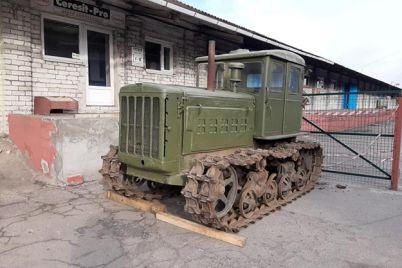 vot-eto-raritet-v-zaporozhskij-muzej-priehal-eksponat-iz-proshlogo.jpg