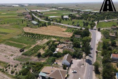 vozle-sela-v-zaporozhskoj-oblasti-otremontirovali-vazhnuyu-dorogu-video.jpg