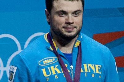 vypusknika-znu-lishili-medali-za-olimpiadu-2012.jpg
