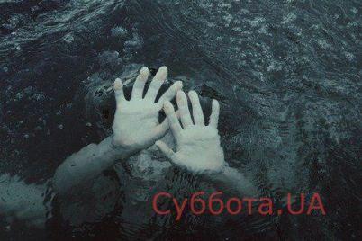 ya-ne-schitayu-sebya-geroem-v-zaporozhskoj-oblasti-spasli-tonushhuyu-v-more-devushku-video.jpg