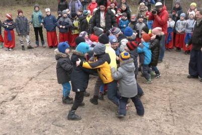 yak-v-zaporizkij-sichi-provodzhali-zimu.jpg