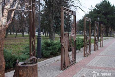 zachem-zhe-tak-v-parke-trudovoj-slavy-izurodovali-art-alleyu-foto.jpg