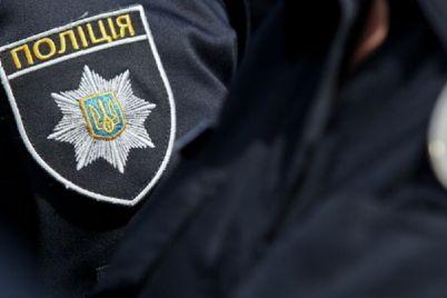 zaporizkij-policzejski-fiksuyut-sotni-zayav-pro-porushennya-provedennya-peredviborchod197-kampanid197.jpg