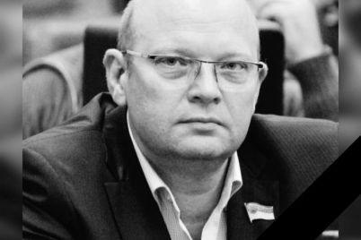 zaporozhczy-poproshhayutsya-s-deputatom-gorodskogo-soveta.jpg