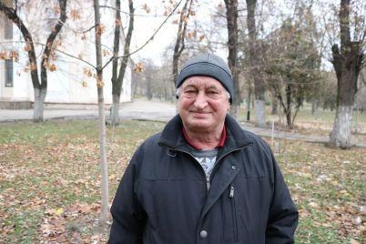 zaporozhecz-uzhe-posadil-poltysyachi-derevev-i-na-etom-ne-ostanavlivaetsya.jpg