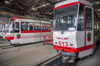 zaporozhelektrotrans-kupit-dva-tramvaya-vmesto-12-urezali-finansirovanie.jpg