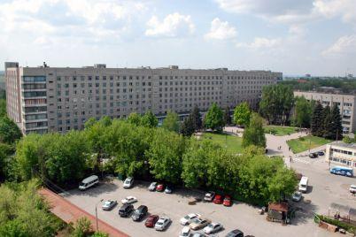 zaporozhskaya-oblastnaya-bolnicza-vvela-ogranicheniya-poseshheniya-bolnyh.jpg