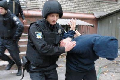 zaporozhskaya-policziya-pokazhet-sebya-na-raduge.jpg
