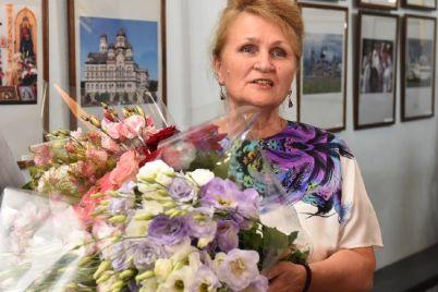 zaporozhskaya-vrach-stomatolog-pokazala-chem-uvlekaetsya-posle-raboty.jpg
