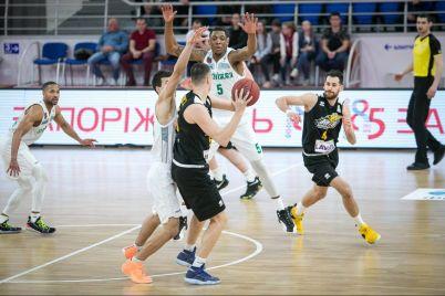 zaporozhskie-basketbolisty-sygrayut-protiv-sbornoj-ssha.jpg