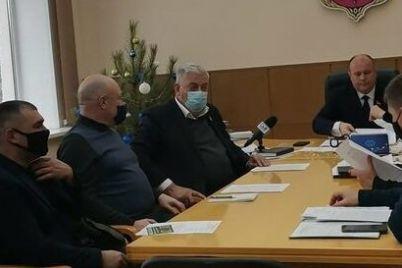 zaporozhskie-ekoaktivisty-pozhalovalis-chto-tak-i-ne-poluchili-otvet-ot-merii-po-rezolyuczii-s-mitinga.jpg