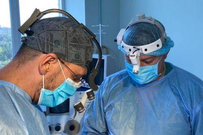 zaporozhskie-hirurgi-prooperirovali-paczienta-s-redkim-zabolevaniem.jpg