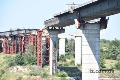 zaporozhskie-mosty-na-korrektirovku-proekta-sbrosyatsya-gorod-i-ukravtodor.jpg