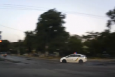zaporozhskie-policzejskie-ustroili-pogonyu-za-pyanym-voditelem-video.png