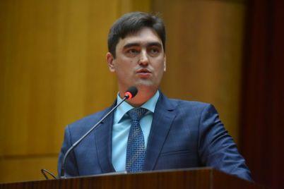 zaporozhskie-voditeli-schitayut-svoyu-robotu-osobennoj-foto.jpg
