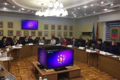 zaporozhskih-shkolnikov-nauchat-raspoznavat-opasnyj-kontent-v-internete.jpg