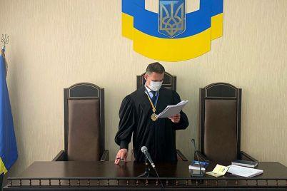 zaporozhskij-apellyaczionnyj-sud-otmenil-shtraf-v-17000-griven-administratoru-kafe.jpg